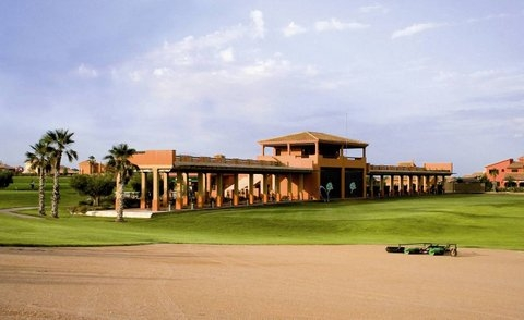 Hacienda del Álamo golf course, school and driving range