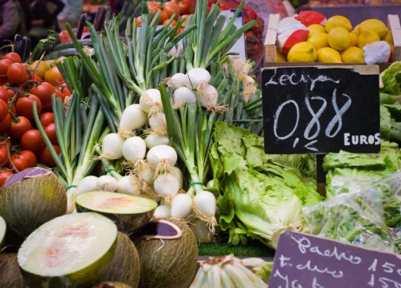 Weekly Saturday market in Archena