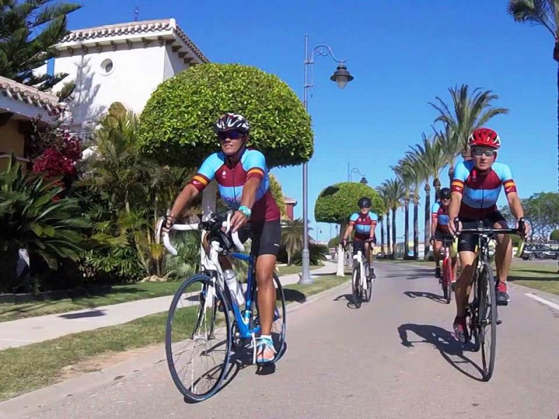 Etiquette Cycling holidays, Bike rental, pro bike hire and guided cycle tours in Murcia and the Costa Cálida