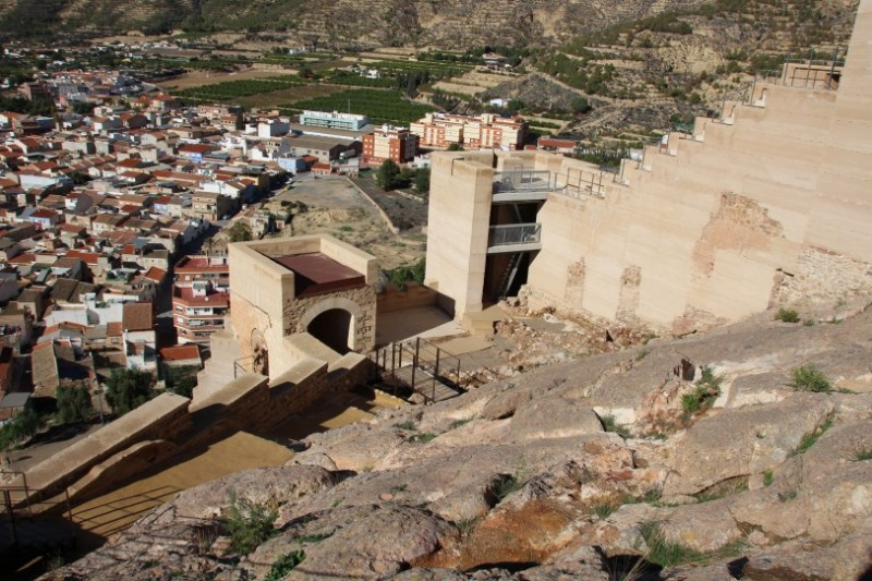 <span style='color:#780948'>ARCHIVED</span> - Saturday December 14th: Guided tour of Alhama de Murcia castle (Spanish)