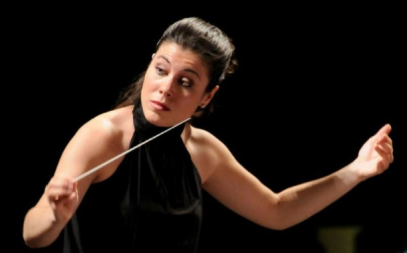 1st June 2020 pianist María Ángeles Ayala and the OSRM orchestra at the Auditorio Víctor Villegas in Murcia