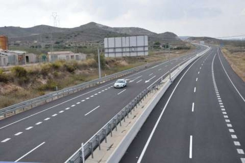 <span style='color:#780948'>ARCHIVED</span> - Cartagena-Vera ghost motorway escapes national toll charge increases