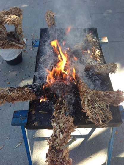 Almoradí, Burning the crosses of May, 1st May