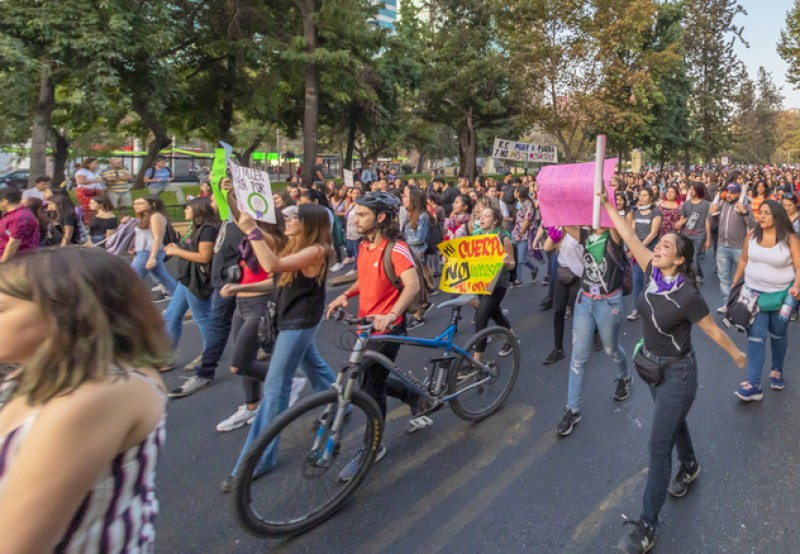 <span style='color:#780948'>ARCHIVED</span> - Mass marches banned on International Women's Day in Spain this year