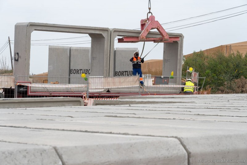 <span style='color:#780948'>ARCHIVED</span> - Work continues on flood protection for the road leading into Los Nietos