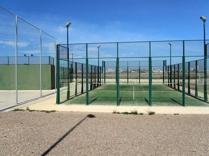 Sports facilities in Playa Paraíso (Playa Honda)