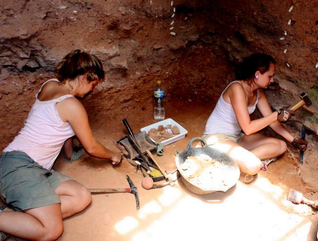 La Sima de las Palomas, Neanderthal remains