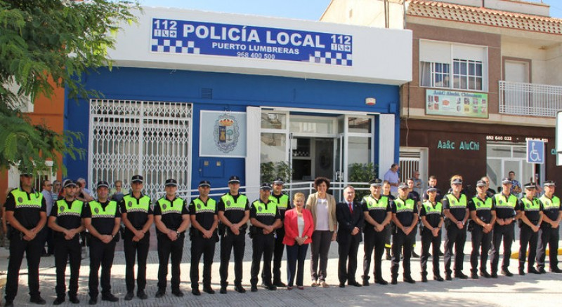 Local police and Guardia Civil in Puerto Lumbreras